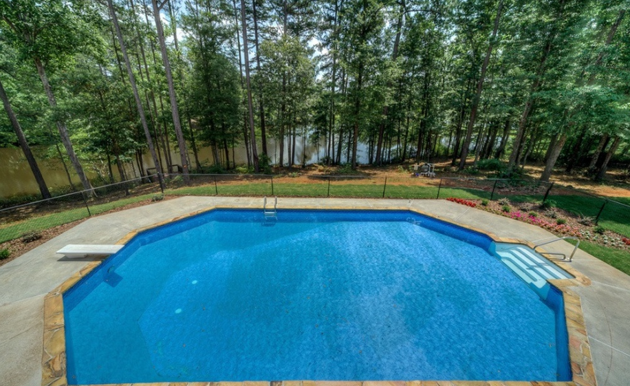 14 000 square foot lakefront brick mansion in fayetteville for Average square footage of a swimming pool