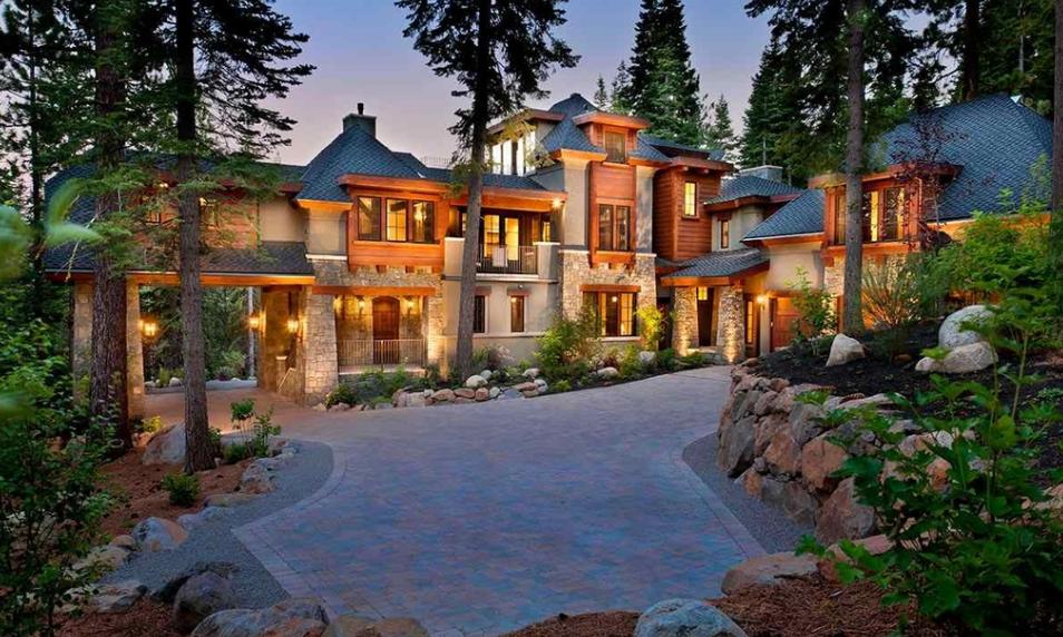 $6.995 Million Mountaintop Mansion In Truckee, CA