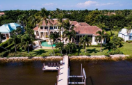 $8.695 Million Waterfront Home In Naples, FL