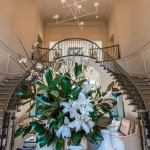 2-story Foyer w/ Double Staircase,