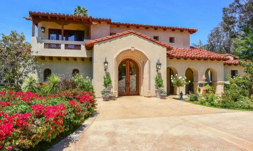 $5.995 Million Mediterranean Estate In Rancho Santa Fe, CA