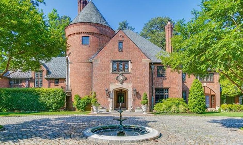 $5.975 Million Historic Brick Mansion In Richmond, VA