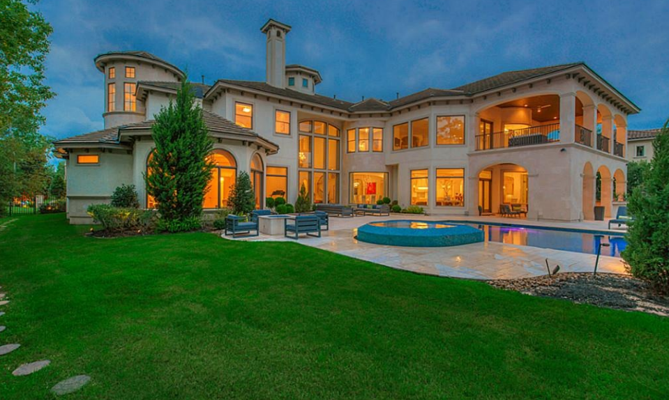 10 000 Square Foot Mediterranean Mansion In The Woodlands