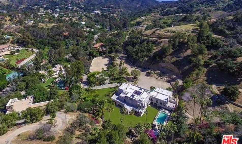 $85 Million Equestrian Estate In Beverly Hills, CA