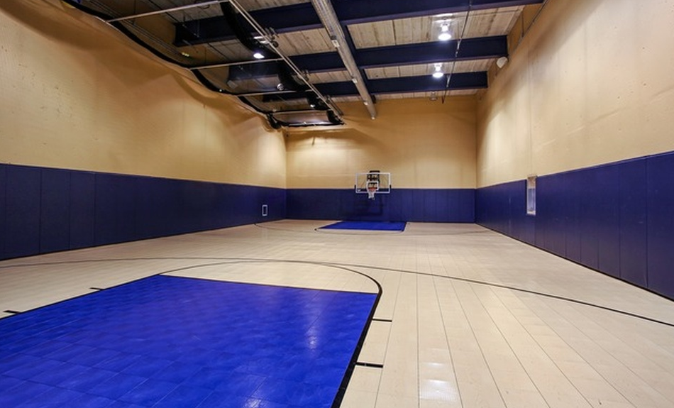 17 000 square foot stone mansion in highland park il for How many square feet is a basketball court