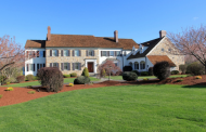 $2.795 Million Colonial Home In Mendham, NJ