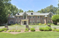 $3.6 Million Brick Mansion In Franklin Lakes, NJ
