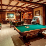 Billiards/Rec Room w/ Wet Bar