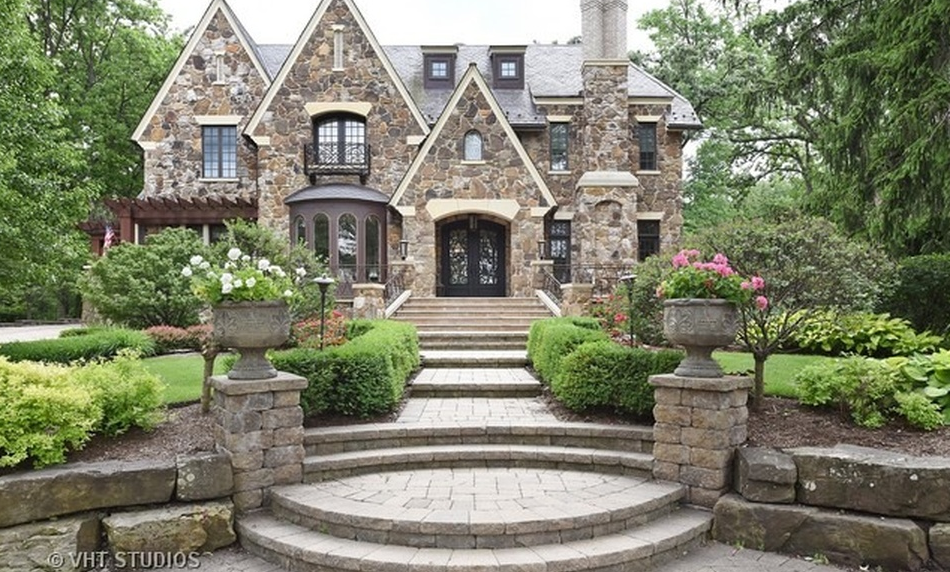 $3.7 Million Stone Home In Hinsdale, IL