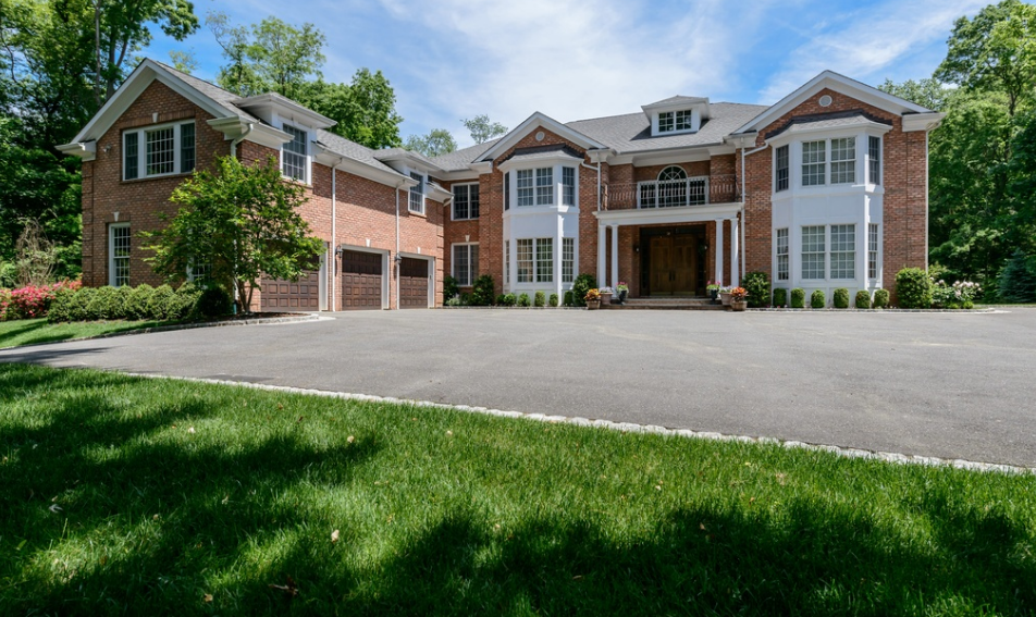 $3.4 Million Colonial Brick Home In Glen Head, NY