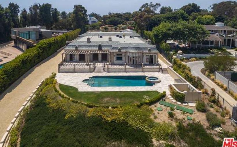 $10.5 Million Neoclassical Mansion In Malibu, CA