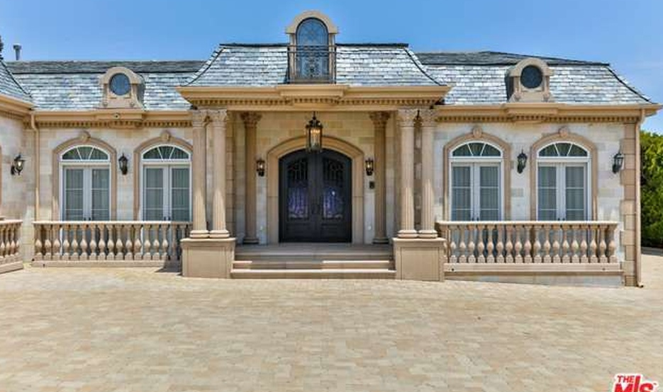 10 5 million neoclassical mansion in malibu ca homes for Neoclassic house