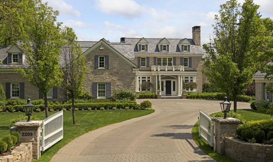 $8.3 Million Colonial Lakefront Mansion In Wayzata, MN