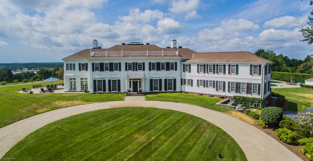 8 Million Historic Colonial Mansion In Red Bank Nj