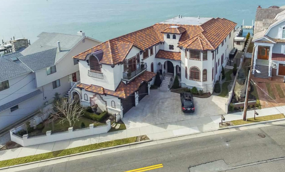 $6.995 Million Mediterranean Waterfront Home In Longport, NJ
