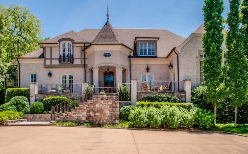 $2.725 Million Brick Mansion In Brentwood, TN