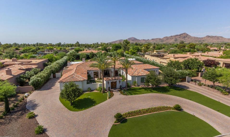 $2.995 Million Mediterranean Home In Paradise Valley, AZ