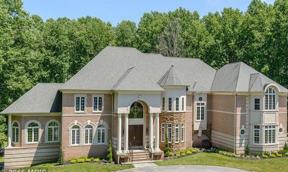 $2.25 Million Brick Mansion In Clarksville, MD