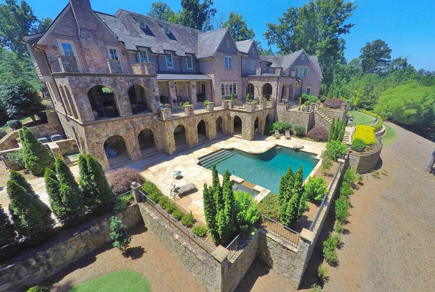 11 000 Square Foot Brick Amp Stone Lakefront Mansion In