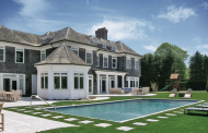 $6.45 Million Shingle Home In Water Mill, NY