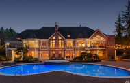 10,000 Square Foot Brick Mansion In Sammamish, WA