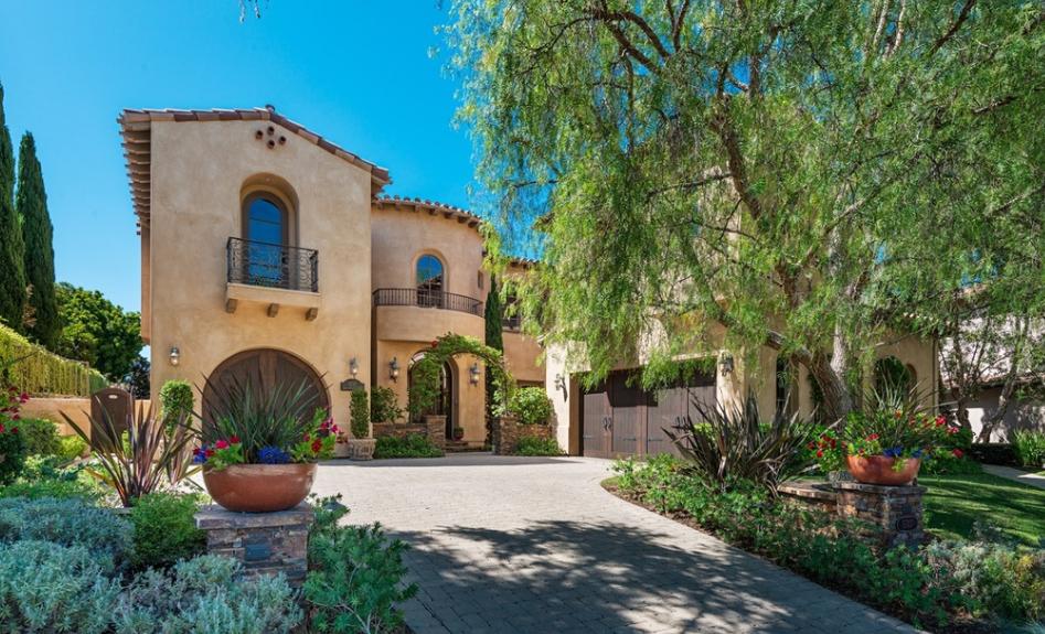 $3.25 Million Mediterranean Home In San Diego, CA