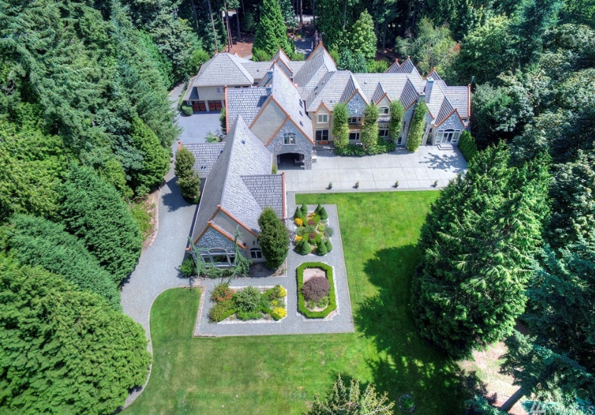 $5.3 Million Stone & Stucco Mansion In Redmond, WA