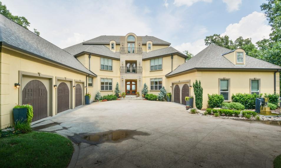 1 395 Million Stucco Mansion In Broken Arrow Ok Homes