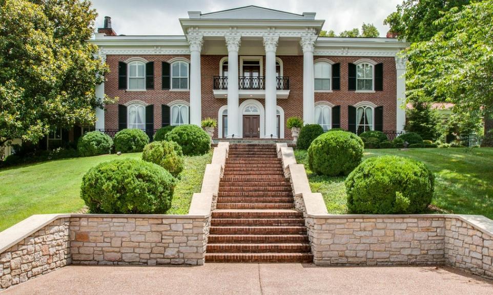 $2.9 Million Brick Home In Nashville, TN
