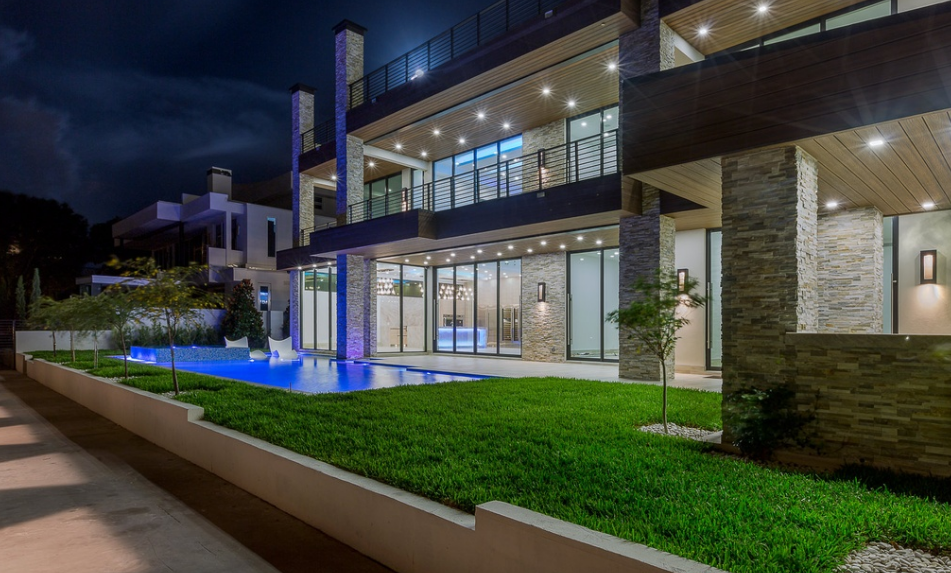 12 000 Square Foot Newly Built Modern Waterfront Mansion