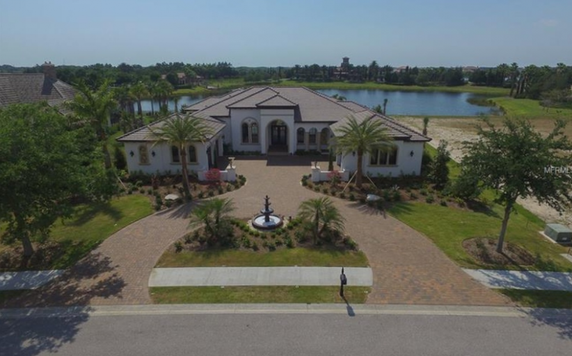 $1.8 Million Newly Built Lakefront Home In Lakewood Ranch, FL