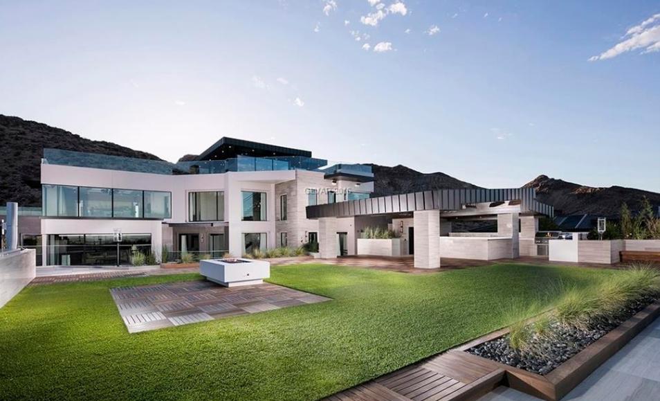 Skyside A 30 Million Newly Built Contemporary Mega