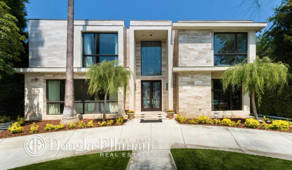 $8.199 Million Contemporary Home In Beverly Hills, CA