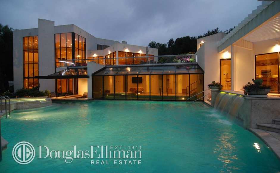 13 000 Square Foot Contemporary Mansion In Port Washington