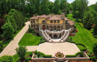 Villa Dei Sogno – A Mediterranean Mansion In Warren, NJ
