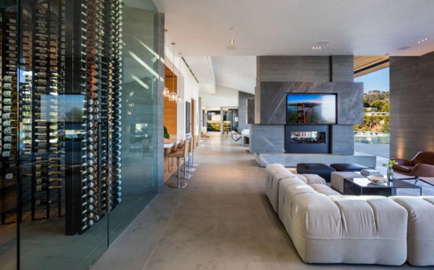 48 million newly built contemporary mansion in beverly for Modern house 3d tour