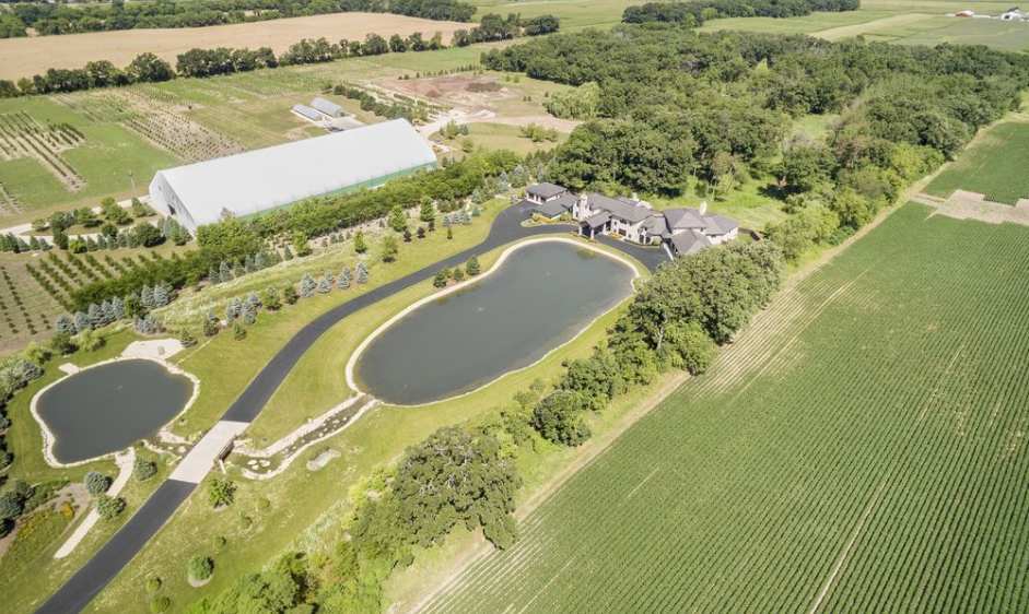 10 000 square foot limestone mansion on 20 acres in for 10000 square feet to acres