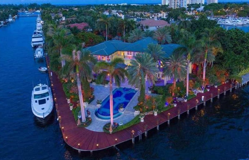 $27.5 Million Waterfront Mansion In Fort Lauderdale, FL