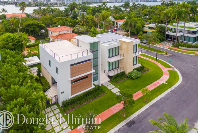 $5.49 Million Newly Built Contemporary Home In Miami Beach, FL