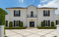 $6.2 Million Traditional Home In Palm Beach, FL