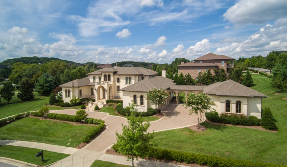 $2.5 Million Brick & Stucco Home In Brentwood, TN