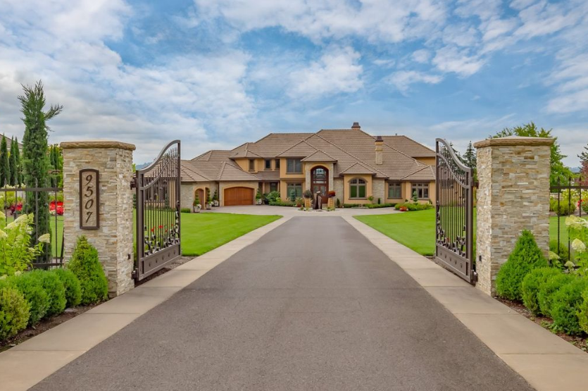 2 9 million mansion in vancouver wa homes of the rich for Home builders in vancouver wa