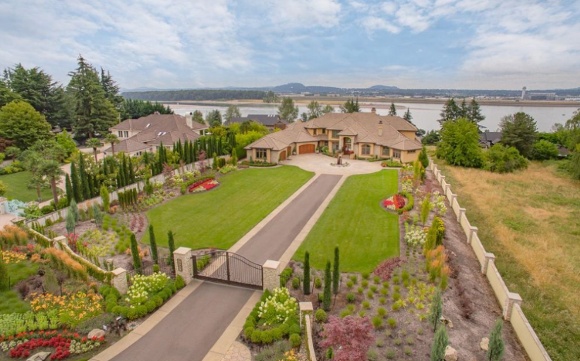 $2.9 Million Mansion In Vancouver, WA