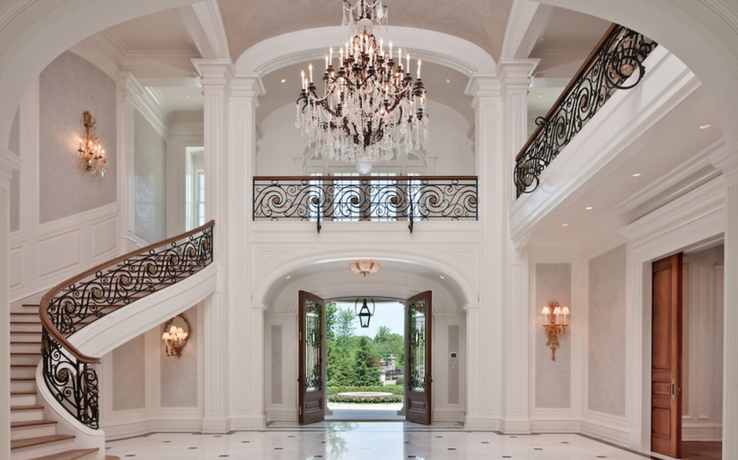 5 Grand Foyers Fit For Royalty! (PHOTOS)
