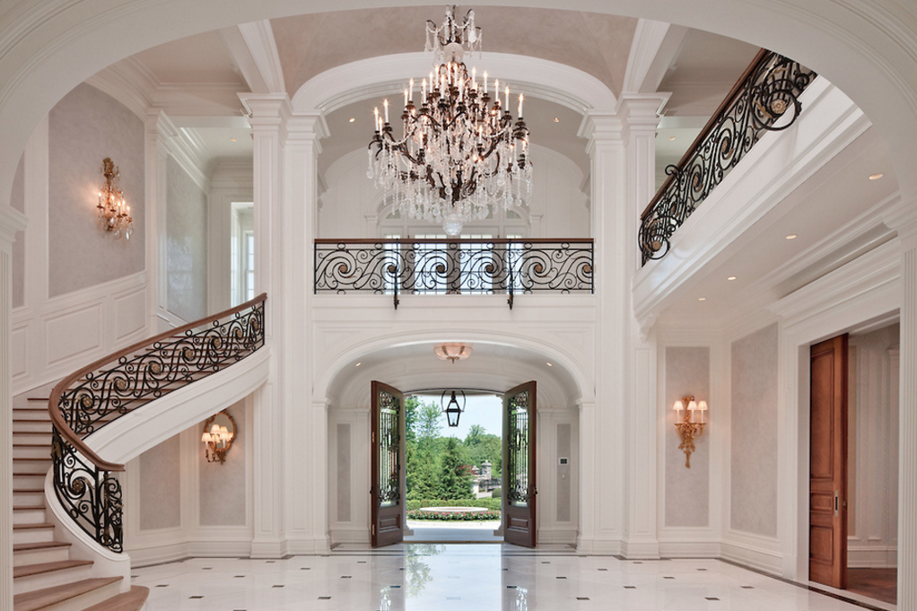 Grand Foyer : Grand foyers fit for royalty photos homes of the rich
