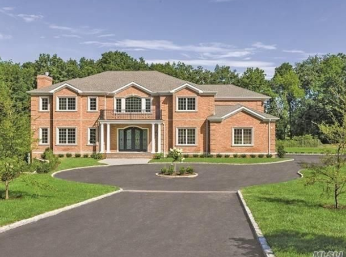 $5.1 Million Newly Built Brick Mansion In Old Brookville, NY
