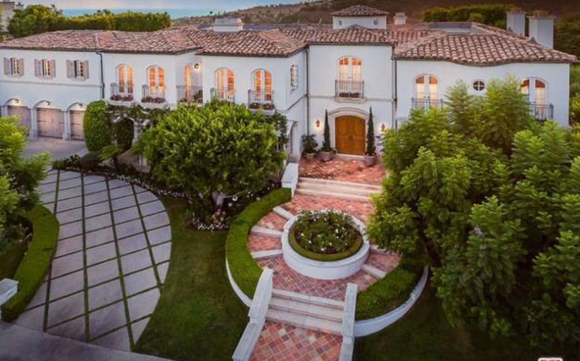 $10.9 Million French Inspired Mansion In Pacific Palisades, CA