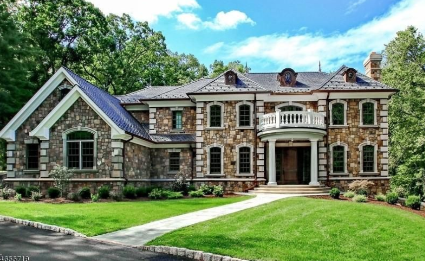 $2.9 Million Newly Built Stone & Stucco Home In Essex Fells, NJ