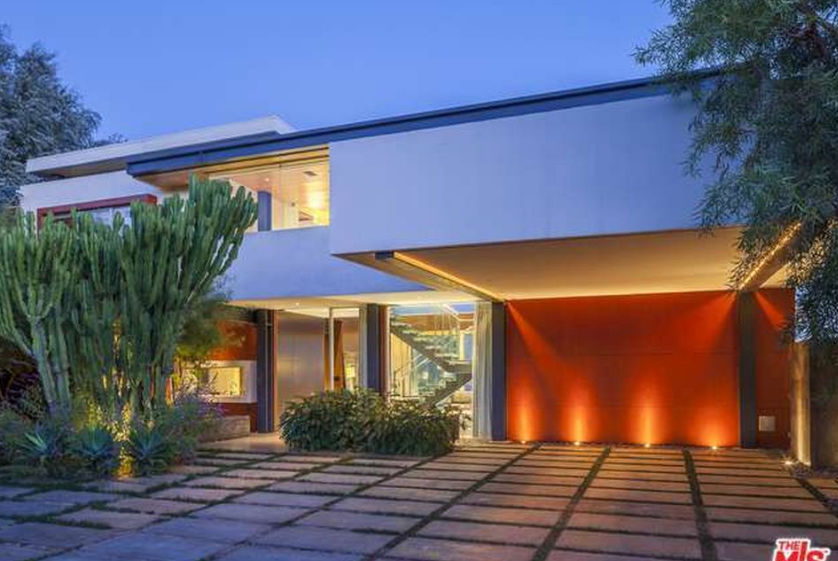 $5.795 Million Contemporary Home In Los Angeles, CA