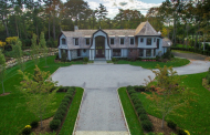 $5.95 Million Newly Built Shingle & Stone Home In Old Westbury, NY